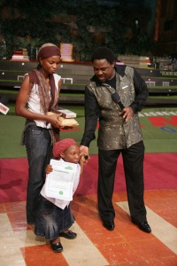 TB Joshua With Beneficiaries of Charitable Works