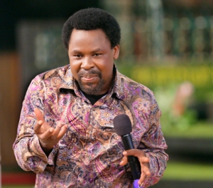 Prophet T.B. Joshua addressing the congregation